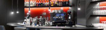Aufnahem Bar/ Kaffemaschine/Gläser