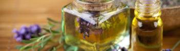 Detailaufnahme Öl/ Blumen