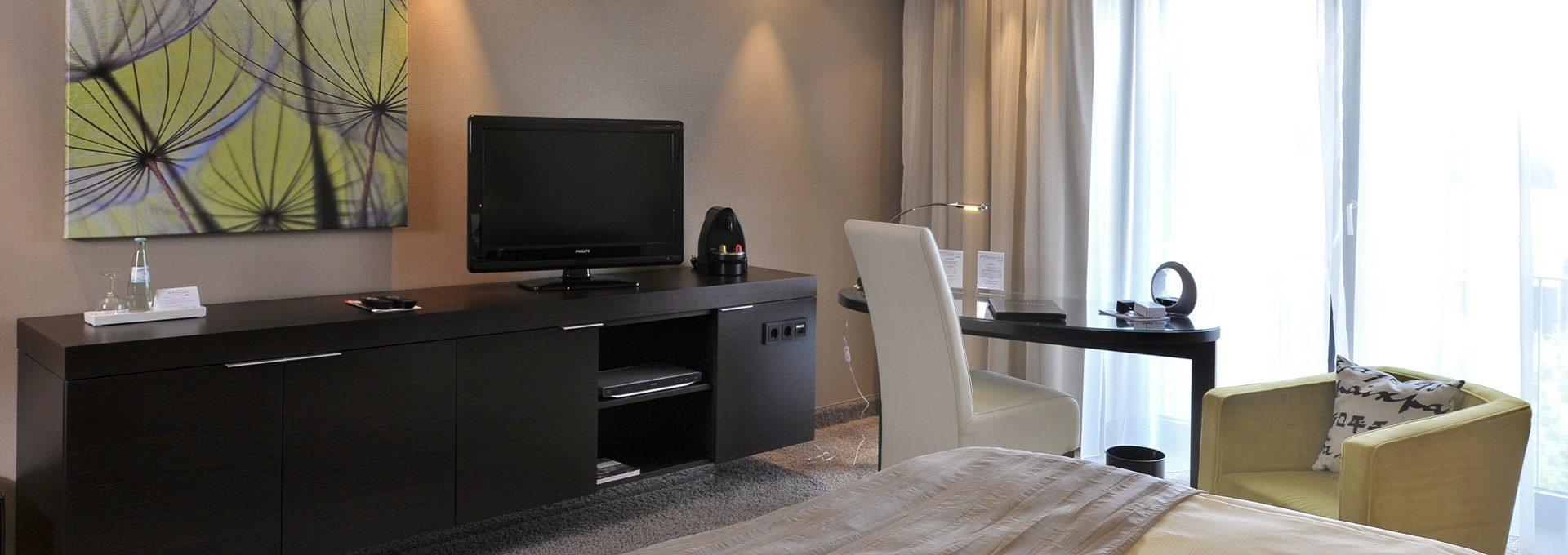 Deluxezimmer Flatscreen Nespressomaschniene Schreibtisch