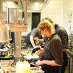 Azubitag 2019 - Es war einmal - Gruppenfoto in der Küche